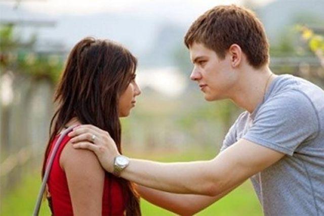 как общаться с девушкой если признался в любви она ответила отказом
