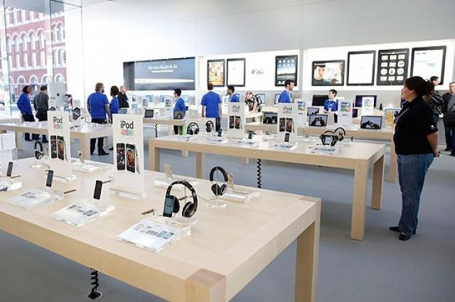 Инженера Apple невзяли наработу вмагазин компании