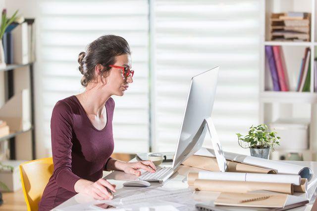 Излучения от принтера и компьютера негативно сказываются на внешности. ©