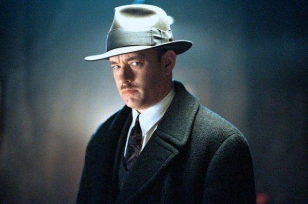 А в картине «Проклятый путь» (2002 г.) изобразил ирландского гангстера. Действие фильма разворачивается в Америке 30-х годов.