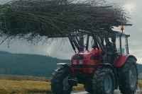 Кадр из короткометражного фильма «Кормилец», созданная для Минского тракторного завода.