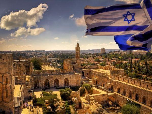 ИЗРАИЛЬ. Предмет гордости: эффективное руководство, всего за полвека создавшее одну из самых развитых стран мира. Наш след: из 10 президентов Израиля четверо имеют белорусские корни.