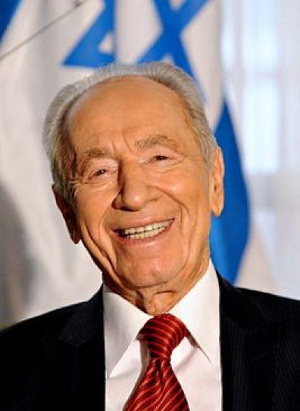 Девятый президент Израиля, лауреат Нобелевской премии мира Шимон Перес - уроженец белорусской деревни Вишнево (Воложинский район).