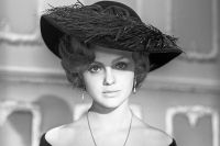 Она считалась одной из самых красивых актрис СССР.