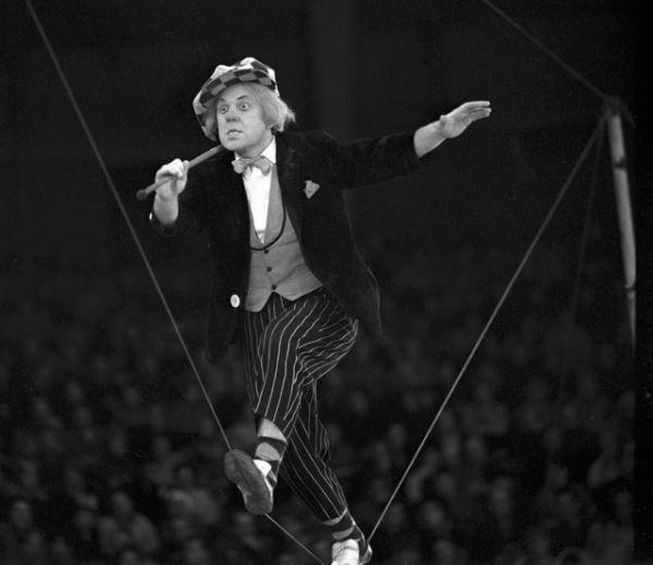 Олег Попов выступает с номером. 1977 год.