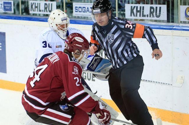 КХЛ: хоккеисты минского «Динамо» обыграли «Динамо» изРиги