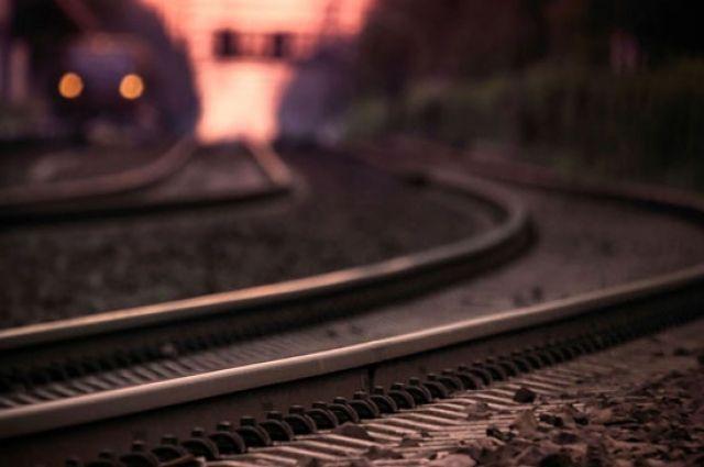 Солигорский район: Лексус столкнулся споездом