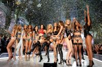 Victoria's Secret Fashion Show 2016.
