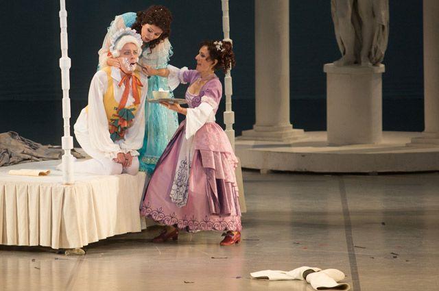 Яркие премьеры, новые имена и лучшие спектакли из репертуара театра.