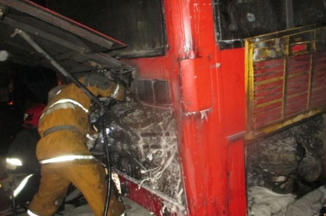 Сгорел пассажирский автобус намаршруте вМогилеве