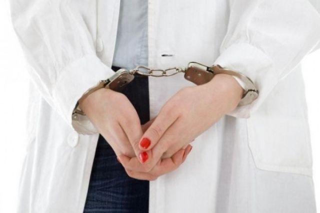 Медсестра украла крупную сумму денежных средств упациентов клиники