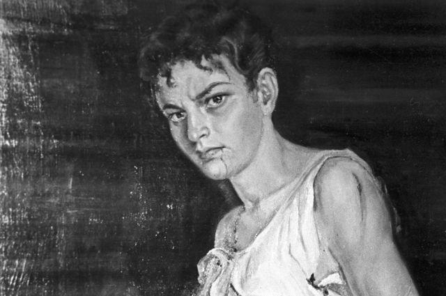 Портрет Зои Космодемьянской, присланный в дар музею Красной Армии художницей Таисой Жаспар из Шанхая (КНР)