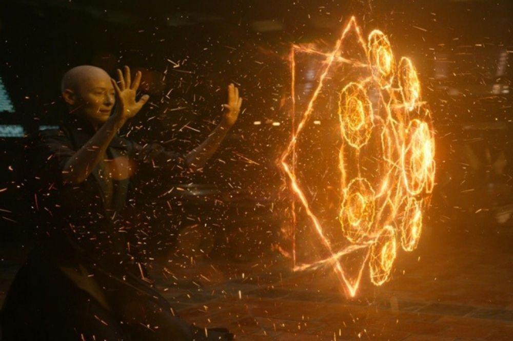 Над визуальными эффектами для экранизации комикса Marvel «Доктор Стрэндж» работало сразу 10 студий, включая Industrial Light & Magic (ILM).