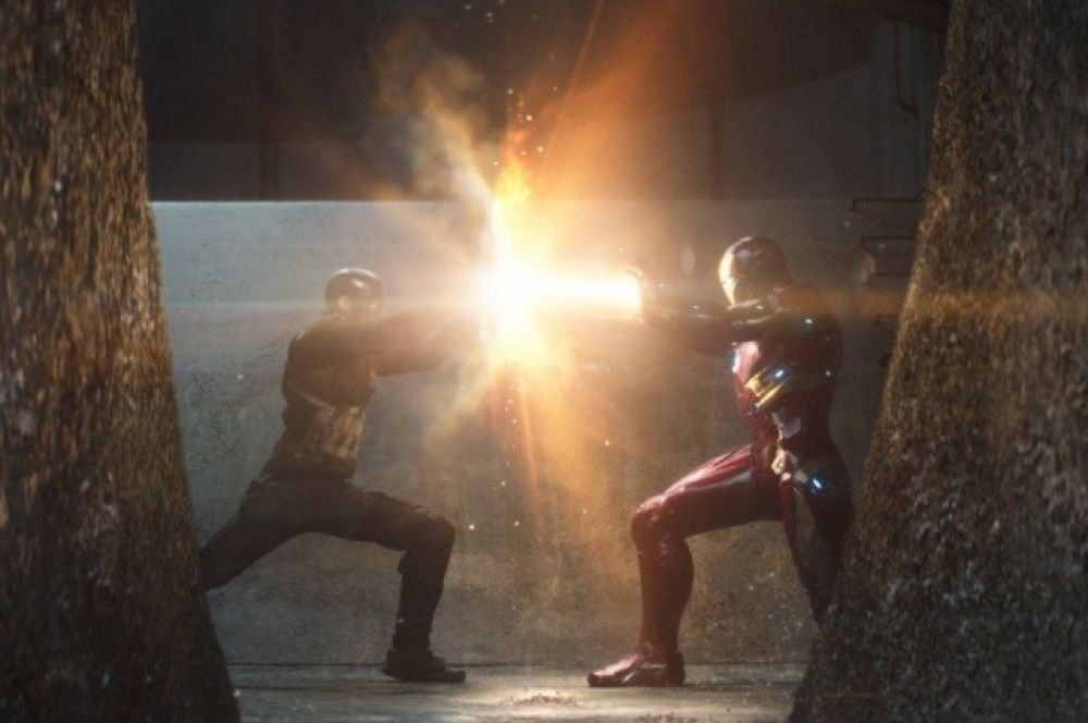 Лидером по количеству задействованных ресурсов в 2016 году стал еще один фильм по мотивам комиксов Marvel «Первый мститель: Противостояние»: над лентой работало сразу 23 студии по визуальным эффектам.