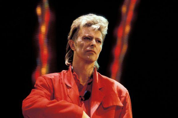 10 января в возрасте 69 лет ушел из жизни легендарный рок-музыкант Дэвид Боуи.