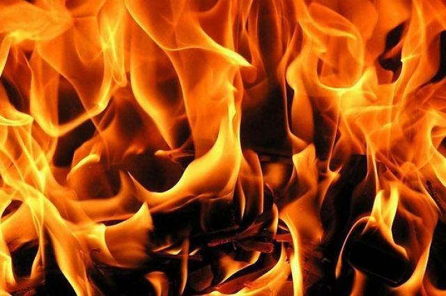 Ночной пожар вЛиде: изобщежития эвакуированы десятки людей