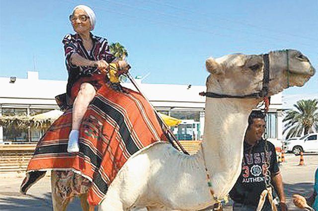 «Я люблю всё новое - могу и на велике, и на верблюде прокатиться!» ©