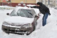 Расчистить снег - полдела, потом его надо куда-то девать.