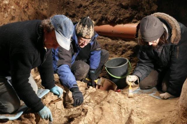 Вцентре Вильнюса археологи отыскали останки четырех человек