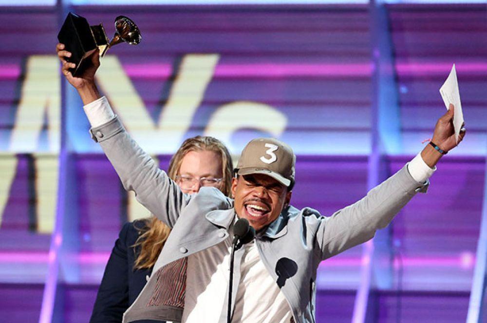 В номинации «Лучший новый исполнитель» победил рэппер с псевдонимом Chance the Rapper. Он также получил награды за лучшие рэп-альбом (Coloring Book) и композицию (песня No Problem).