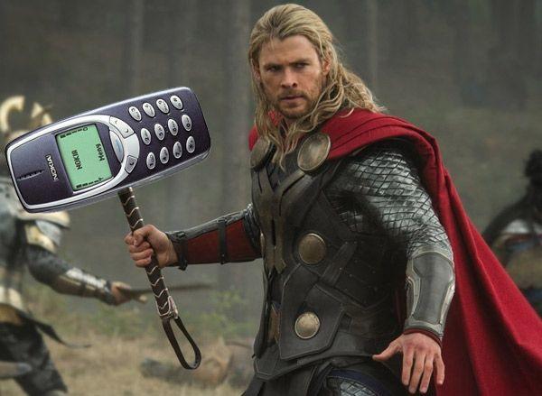 Nokia 3310 можно использовать как оружие?!