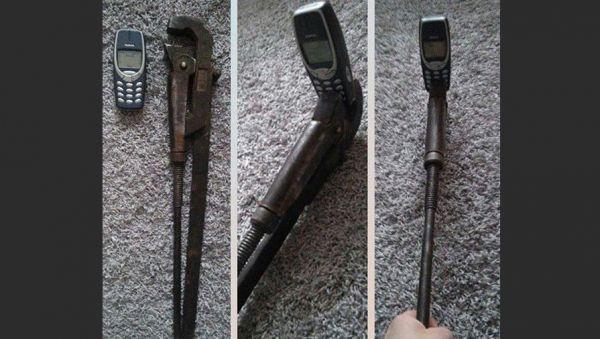 Селфи-палка для телефона Nokia 3310.