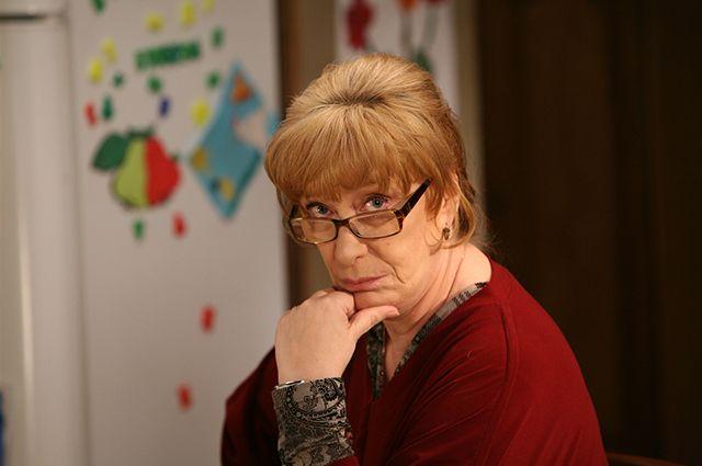 Сегодня Екатерина Васильева говорит о себе: «В первую очередь, я - мать священника».