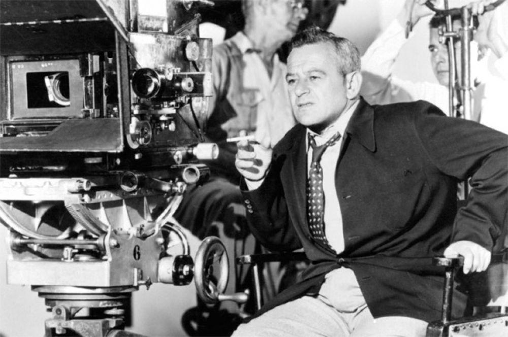 Наибольшее количество режиссерских номинаций: 12 номинаций у постановщика Уилльяма Уайлера.