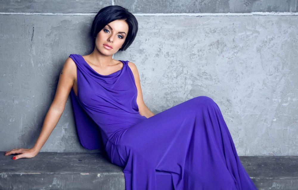 Певице Юлии Волковой, ставшей популярной в роли солистки группы «Тату», уже 32 года.