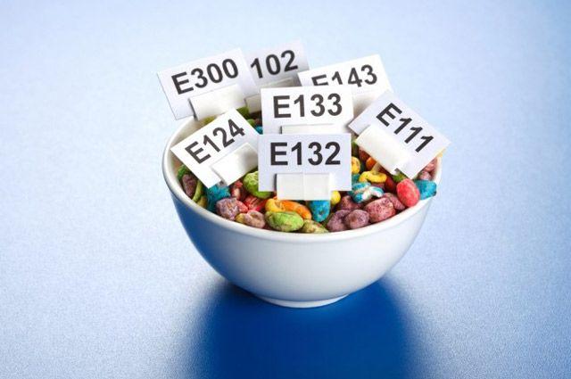 Вред для здоровья обусловлен не  самой вкусовой  добавкой, а общей  высокой калорийностью продуктов  быстрого питания.