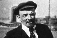 Владимир Ленин.