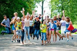 В Беларуси 6 тыс. детских лагерей. Есть из чего выбрать.