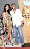 Пара начала встречаться в октябре 2013 года. До встречи с Аламуддин Клуни был женат лишь однажды — на актрисе Талии Бэлсам. После развода в 1993 году актёр прославился многочисленными романами со знаменитостями — актрисами Рене Зеллвегер, Келли Престон и Джулией Робертс, моделями Синди Кроуфорд и Элизабет Каналис.