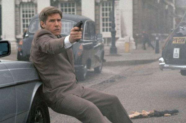 В дилогии шпионских триллеров «Игры патриотов» и «Прямая и явная угроза» Форд сыграл аналитика ЦРУ Джека Райна. Оба фильма были основаны на серии популярных романов писателя и сторонника теорий заговора Тома Клэнси.