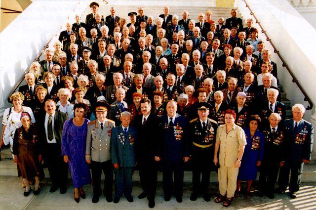 Свои встречи в Астрахани ветераны этой армии проводят каждые пять лет. В октябре 2017 года мы снова съедемся со всего бывшего СССР, чтобы отметить уже 75-летний юбилей.
