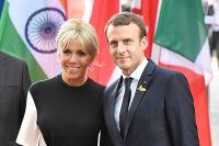 Президент Франции Эммануэль Макрон с супругой Брижит.