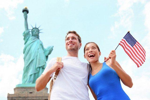 Неиммиграционная виза дает право въехать в Соединенные Штаты на установленный ограниченный период времени.