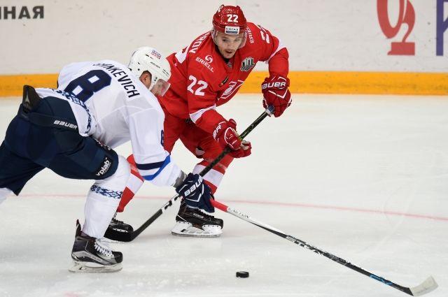 Минское «Динамо» всерии буллитов уступило «Спартаку»