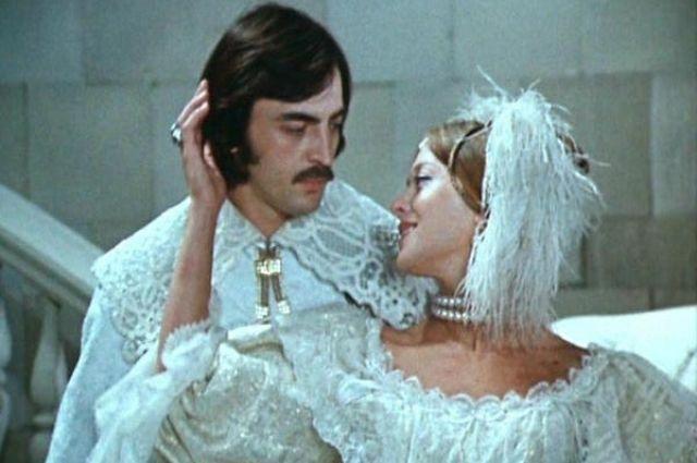 Актрисе приписывали роман с Боярским, несмотря на ее заверения, что между ними была лишь экранная «химия».