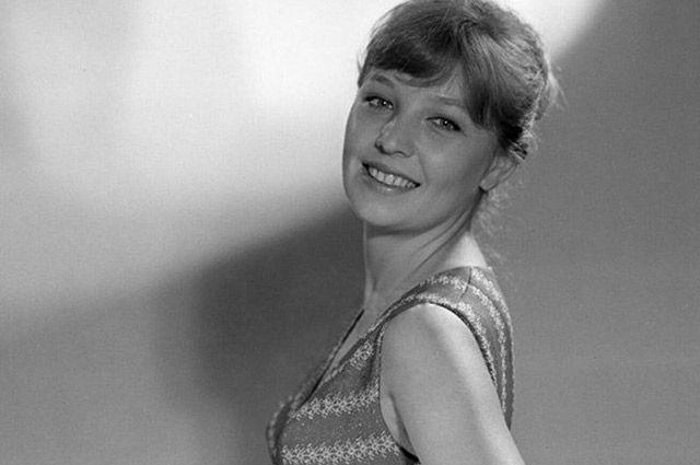 Советские юноши влюблялись в очаровательную улыбку Риты из «Доживем до понедельника».