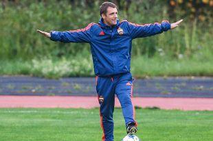 Самым известным белорусским футбольным тренером за границей сегодня можно считать Виктора Гончаренко.