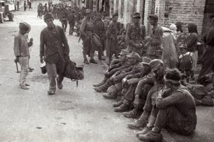 Пленные немцы на улицах Минска, 1944 год.
