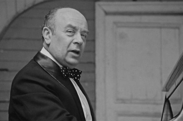 Ушел изжизни легендарный советский артист Леонид Броневой