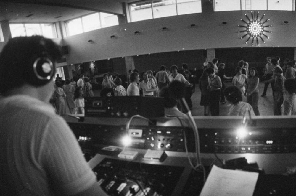 Дискотека Олимпийской деревне. 1981 год.