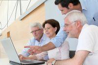 В университете люди старше 60 лет находят новых друзей и единомышленников.