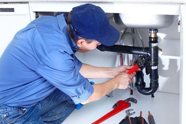 Перед покупкой оборудования лучше проконсультироваться с сантехником.