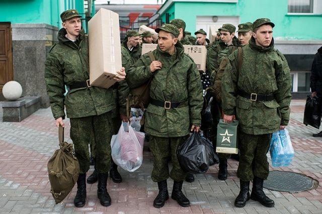 Более 10 тыс. призывников пополнят ряды белорусской армии этой весной