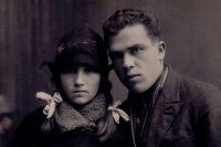 Иосиф Матвеевич Сороко с сестрой Лидочкой.