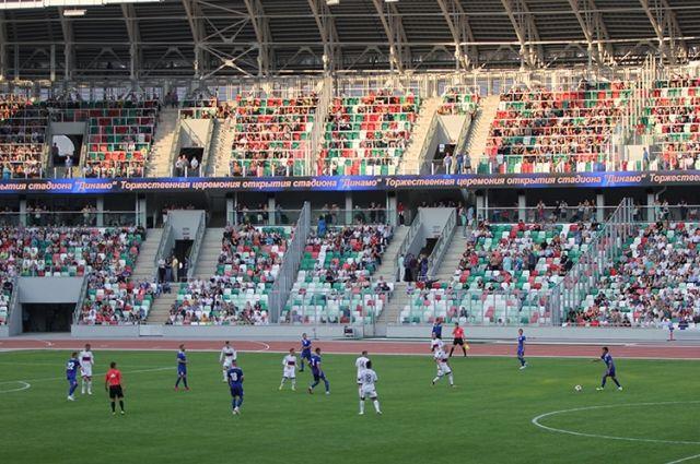 Вместимость стадиона после реконструкции значительно снизилась.