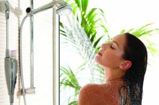 Лучше всего принимать душ один раз в день.